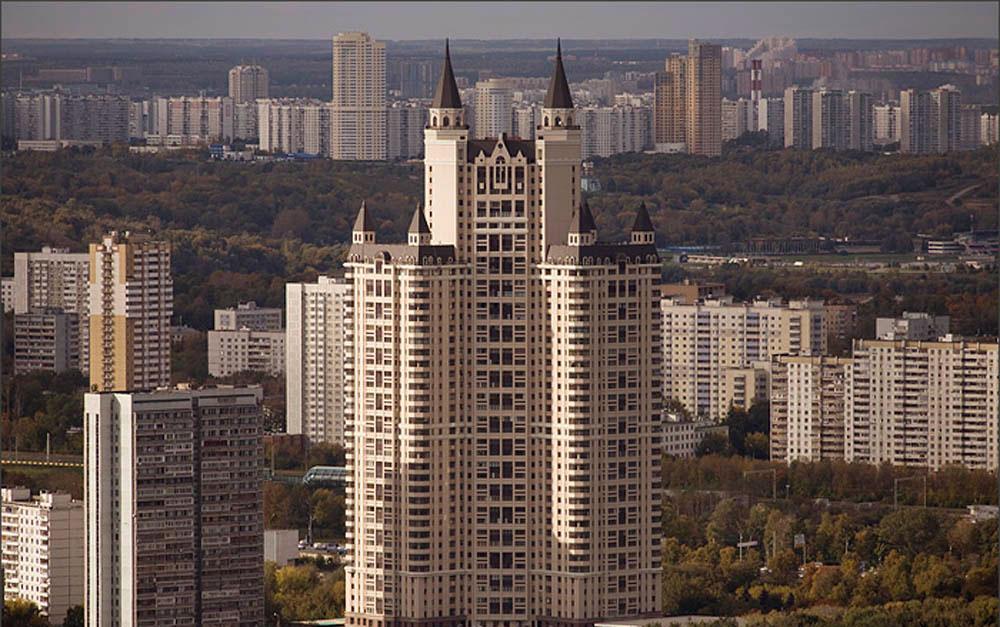 Аренда элитной квартиры сегодня обойдется в 990 тысяч рублей против 1,6 млн рублей в декабре 2015-го
