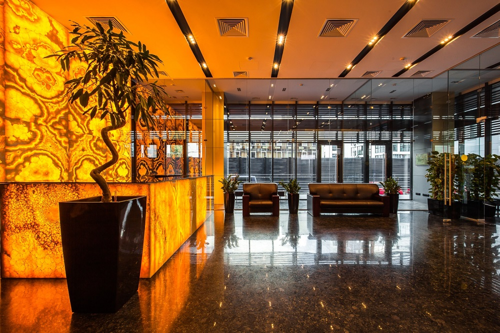 При покупке апартаментов TriBeCa Apartments – лофт KleinHouse в подарок