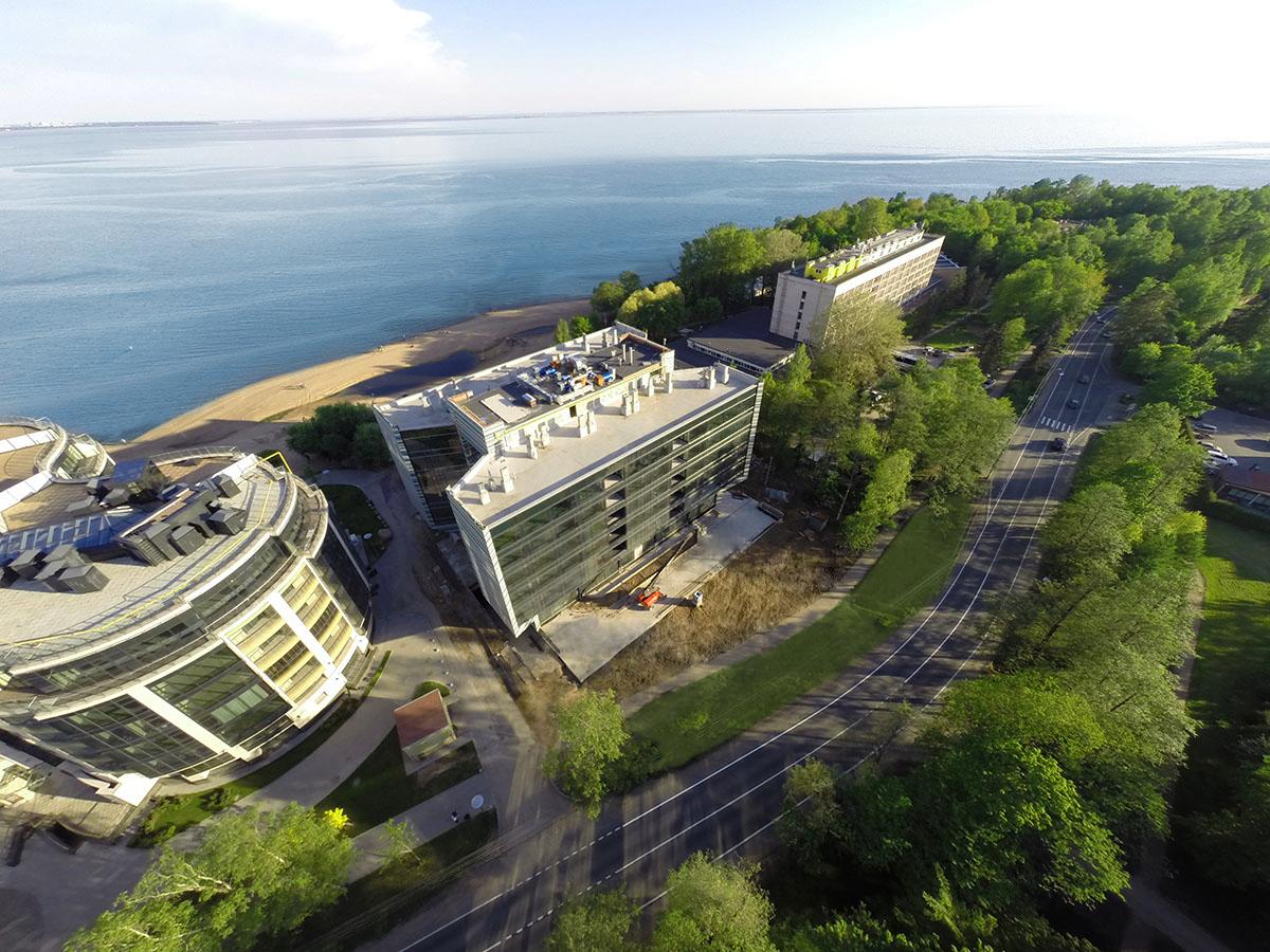 Knight Frank St.Petersburg стал ко-эксклюзивным брокером апартаментов и коммерческих помещений в проекте X-Home