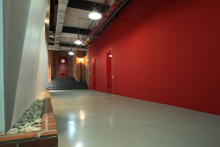 Офис в стиле лофт: Paolo Conte
