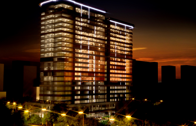 В Екатеринбурге собираются приравнять апартаменты к жилью