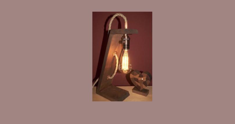 Настольная лампа в лофт-стиле