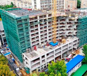 В апарт-комплексе HILL8 построены 10 из 15 этажей